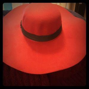 Classy Floppy Hat